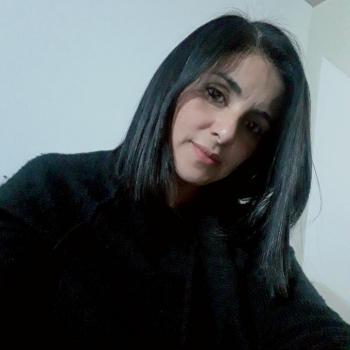 Niñera Grand Bourg: Nachi
