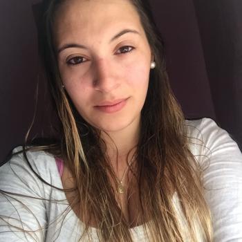 Niñera Salinas: Valeria Camila