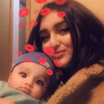 Babysitter Surrey: Rosheen
