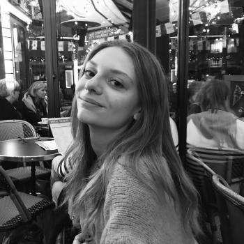 Baby-sitter in Paris: Zoé