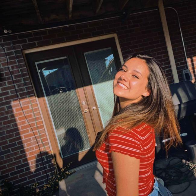 Babysitter in Erie (Colorado): Veronica
