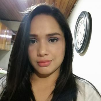 Babysitter Alajuela: Yorly
