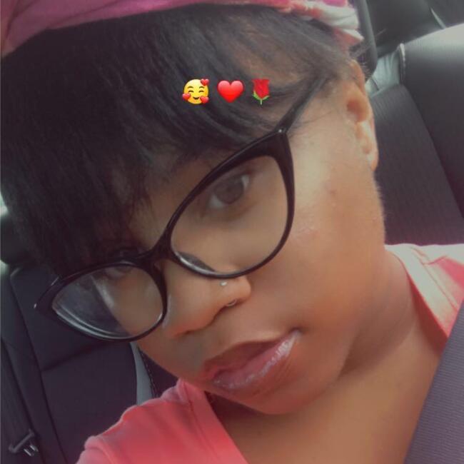 Babysitter in Newark: Nevaeh