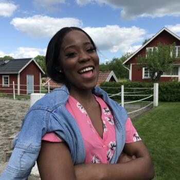 Barnvakt i Enköping: Mbulano