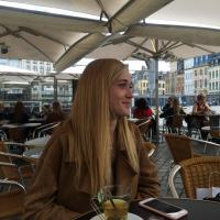 Baby-sitter La Madeleine: Charlotte