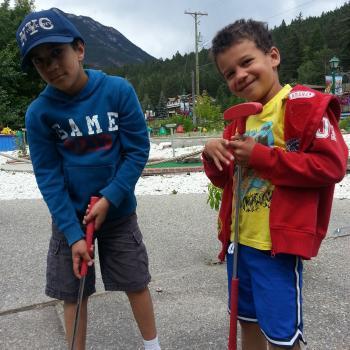 Baby-sitting Calgary: job de garde d'enfants Erin