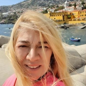 Babysitter Funchal: Assunta