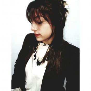 Niñera Garín: Loana