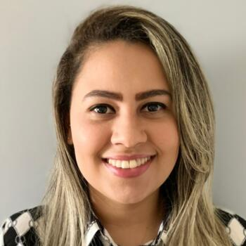 Babá em Fortaleza: Larissa