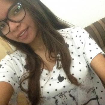 Babysitter Fortaleza: Nicoly