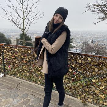 Babysitter Mandelieu-la-Napoule: Louisa