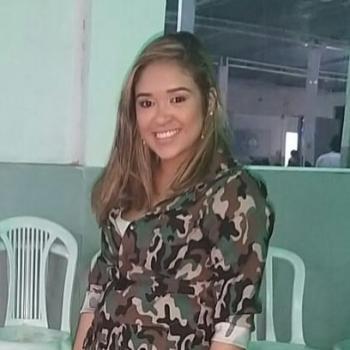 Babá Fortaleza: Viviane