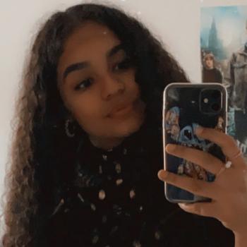 Baby-sitter in Béziers: Shaïna