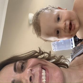 Emprego de babá em Itanhaém: Simone