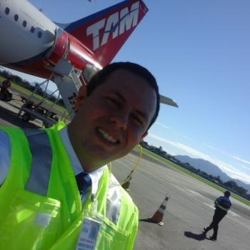 Emprego de babá em Joinville: emprego de babá James