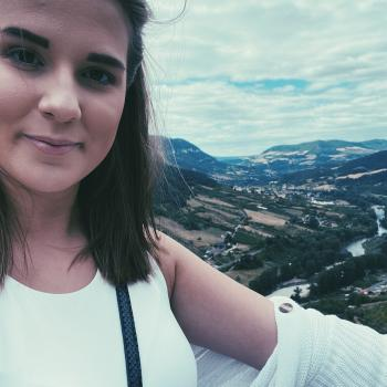 Baby-sitter in Lierre: Emilia