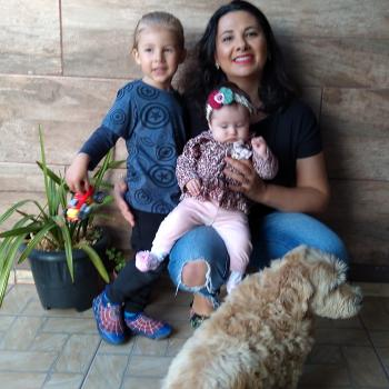Emprego de babá Caxias do Sul: emprego de babá Kelen