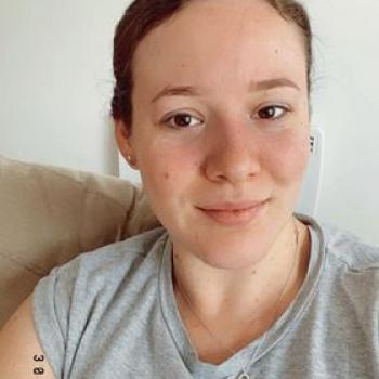 Babysitter in Canberra: Erryn