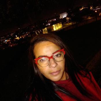 Babysitter Vila Nova de Gaia: Adriana