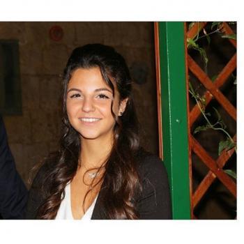 Babysitter a Napoli: Chiara