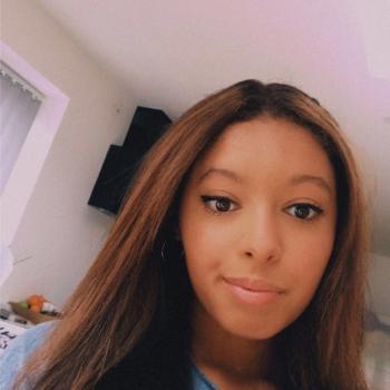 Babysitter Birmingham: Alissa