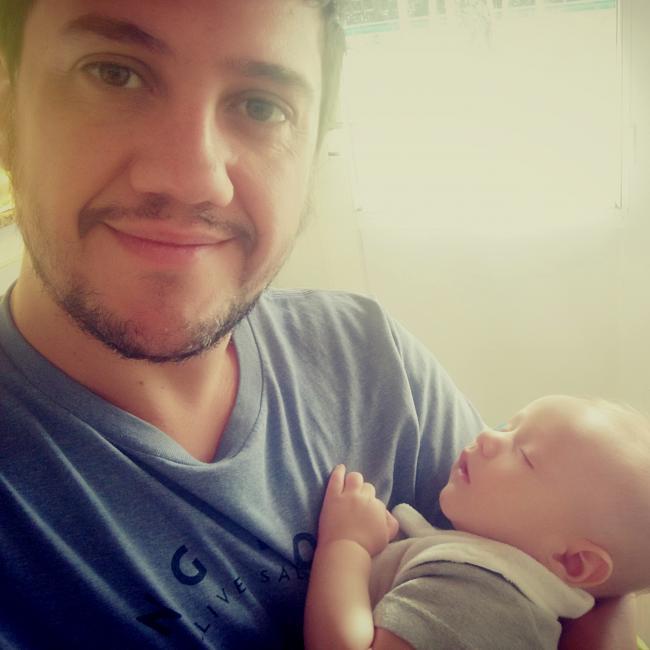 Babysitting job in La Lonja (Provincia de Buenos Aires): Pablo