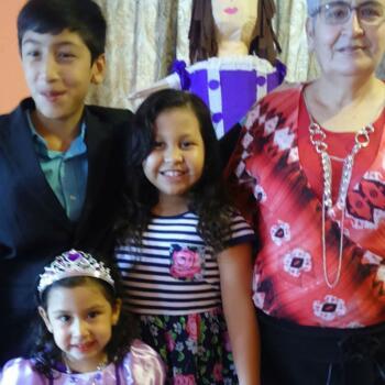 Babysitter in Tijuana: Isabel