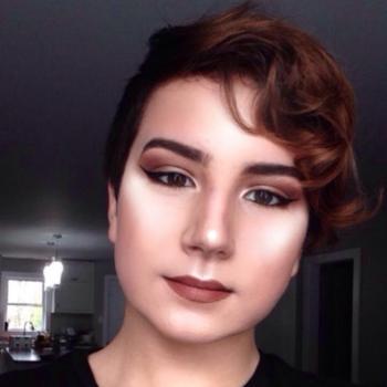 Babysitter Fall River: Makeupbylucaslaidlaw