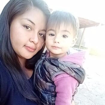 Niñera Maquinista Savio: Camila