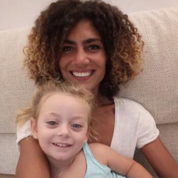 Babysitter Killarney: Heidi
