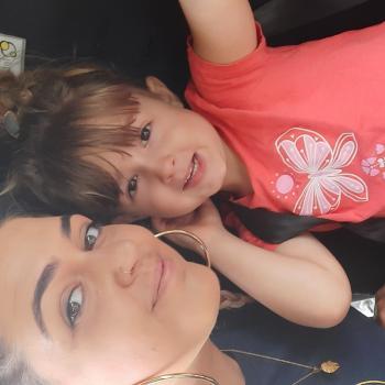 Babysitting job in Mackay: babysitting job Charné