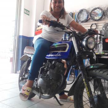 Niñera Moyobamba: Kassandra