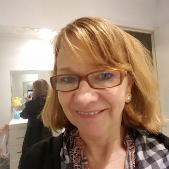 Nanny Sunshine Coast: Liz Cone