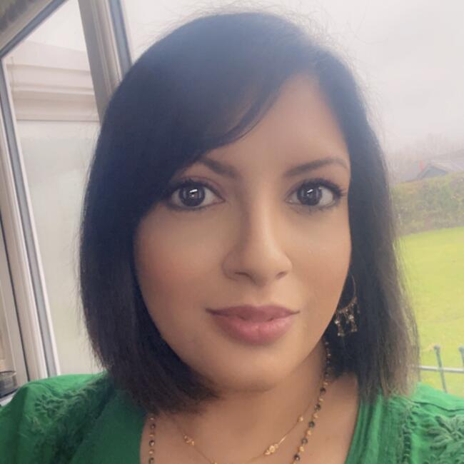Babysitter in Leicester: Meera