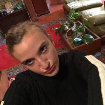 Babysitter Marseille: Sarah