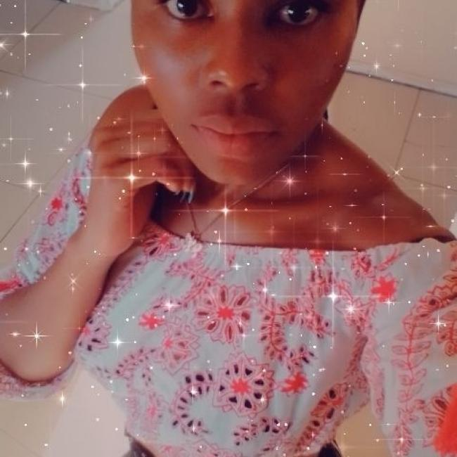 Babysitter in Centurion: Lungile Bianca Khoza