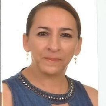 Babysitter in Dosquebradas: Elvia Lucía