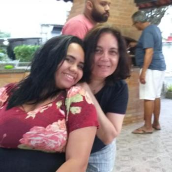 Agência de babás Niterói: Giovanna
