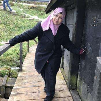 Babysitter in Singapore: Rozitah