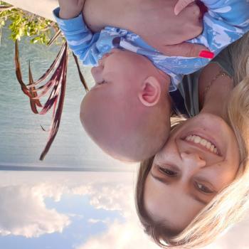 Emprego de babá em Porto Belo: emprego de babá Andressa