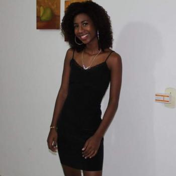 Babysitter Vila Velha: Alyne