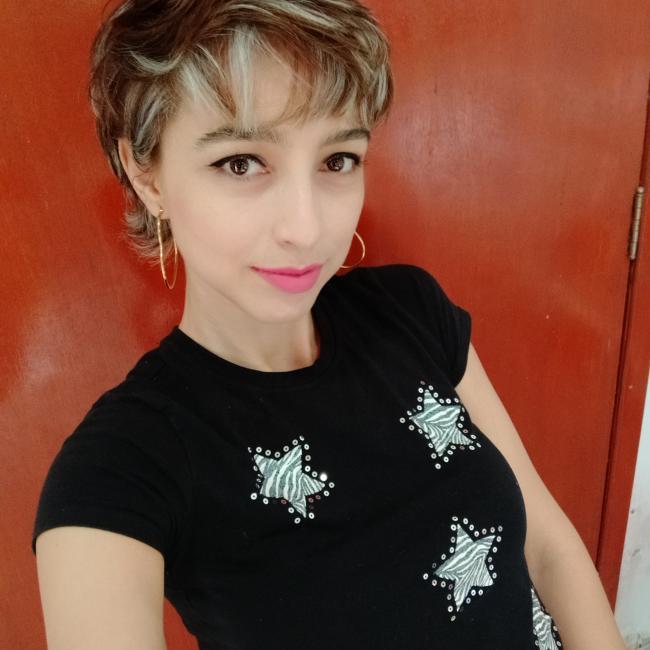 Babysitter in Nuevo México: Valeria