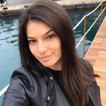 Babysitter Genova: Esma