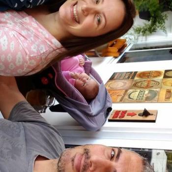 Emprego de babá Indaial: emprego de babá Camila