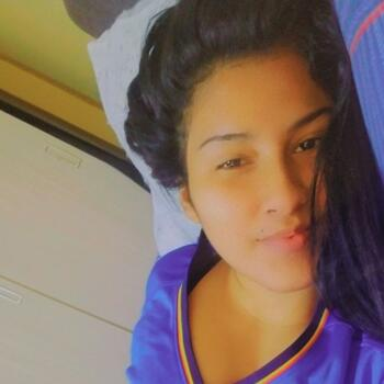 Babysitter in El Agustino: Stefany