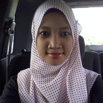 Babysitter in Johor Bahru: QIQI