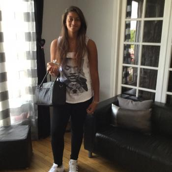 Baby-sitter Levallois-Perret: Lina
