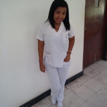 Niñera Santa Marta: Angie paola