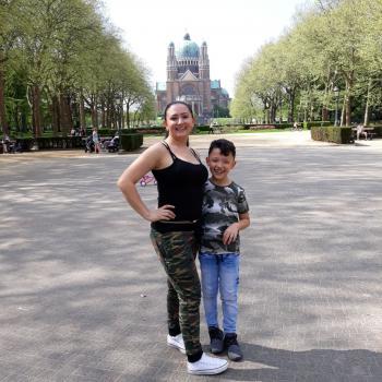 Baby-sitter Mons: Yuri ramirez