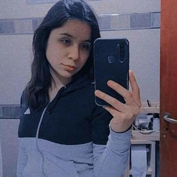 Niñera José María Ezeiza: Evelyn
